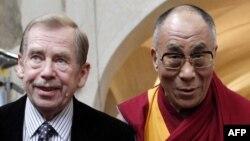 Vaclav Havel şi Dalai Lama, Praga, septembrie 2009