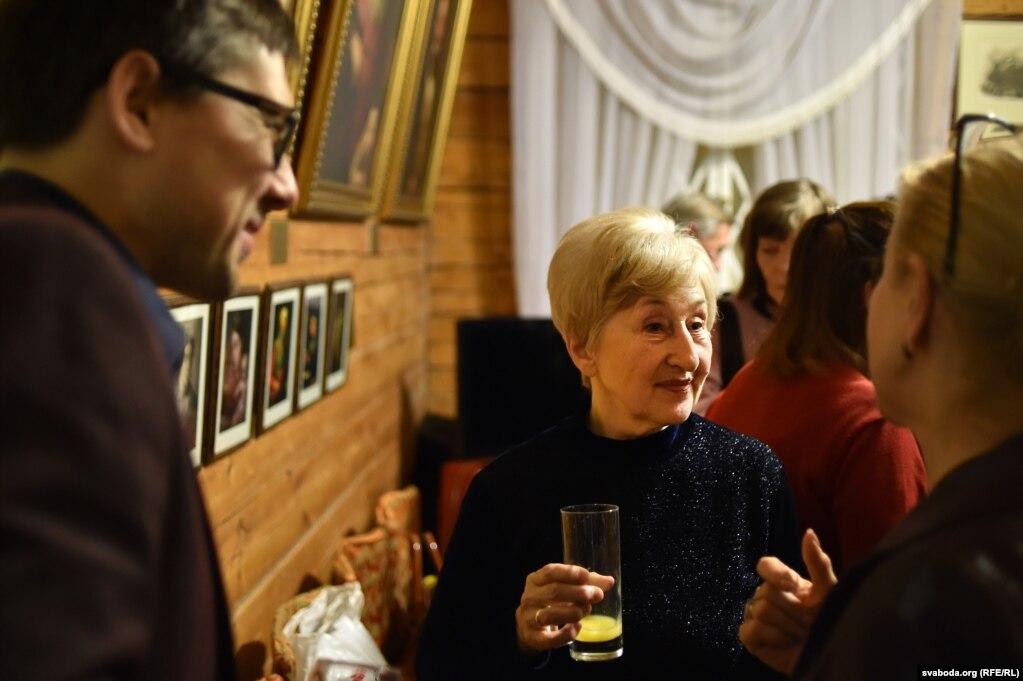 Ліліян Моніт