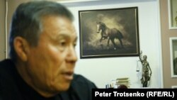 Жоғарғы сот төрағасының бұрынғы орынбасары, қазіргі адвокат Тагир Сейсенбаев. Алматы, 7 желтоқсан 2016 жыл.