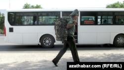 Туркменский солдат.