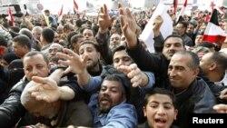 Каиро - гладните и жедни на протести