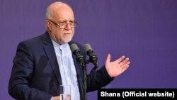 Iranian Oil Minister Bijan Zanganeh (file photo)