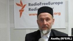 """Габделхәмит хәзрәт Зиннәтуллин: """"1990нчы елларда милли хәрәкәтнең кабынган вакыты иде. Ул вакытта дин әһелләре дә читтә тормады."""""""