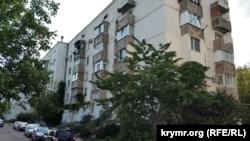 Багатоповерхівка у Севастополі, архівне фото