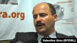 Ministrul economiei, Valeriu Lazăr