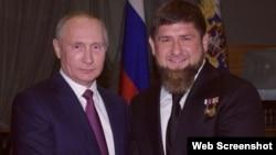 Оьрсийчоьнан президент Путин Владимир а, Нохчийчоьнан куьйгалхо Кадыров Рамзан а.