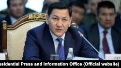 Экс-председатель ГКНБ Абдиль Сегизбаев.