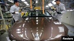 У китайской Dongfeng будет столько же акций Peugeot, сколько у правительства Франции и семьи Пежо