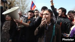 Armenia - Pro-opposition students demonstrate outside Yerevan State University against official results of the February 18 presidential election, 25Feb2013.