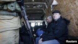 Обмен пленными в Александровке в окрестностях Донецка, 20 февраля 2016 года