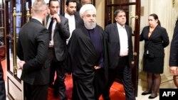 Президент Ирана Хасан Роухани прибыл в отель в Париже, 27 января 2016 года.