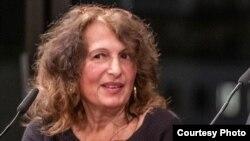 Carmen Francesca Banciu, writer