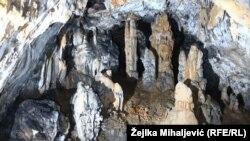 Spilja Listvača u njedrima planine Grabovica