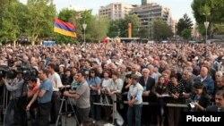 Հայաստան -- Հայ ազգային կոնգրեսի հանրահավաքը Ազատության հրապարակում, Երեւան, 8-ը մայիսի, 2012թ․