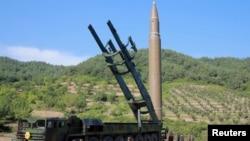 Солтүстік Кореяның баллистикалық зымыраны. (Көрнекі сурет.)