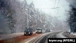 Снег на Ангарском перевале, архивное фото