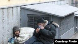 Жизнь в приюте может выбить бездомного человека из колеи и осложнить его жизнь, считает эксперт