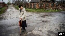 В селі Жабуньки поблизу Донецького аеропорту, квітень 2015 року