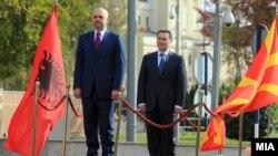 Kryeministri i Maqedonisë, Nikolla Gruevski, priti për vizitë homologun e tij nga Shqipëria, Edi Rama.