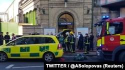 Экстренные службы на месте происшествия в Лондоне, 15 сентября 2015