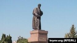 Памятник Тарасу Шевченко в Севастополе, архивное фото