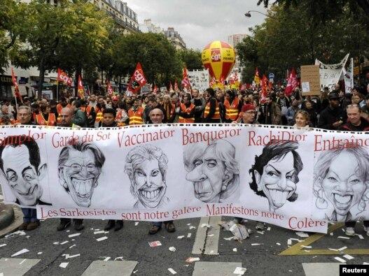 صحنه ای از اعتراض مردم فرانسه به طرح اصلاح قانون  بازنشستگی