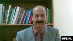 الدكتور أياد عبد الغني ياسين أستاذ علم الوظائف الحيوية