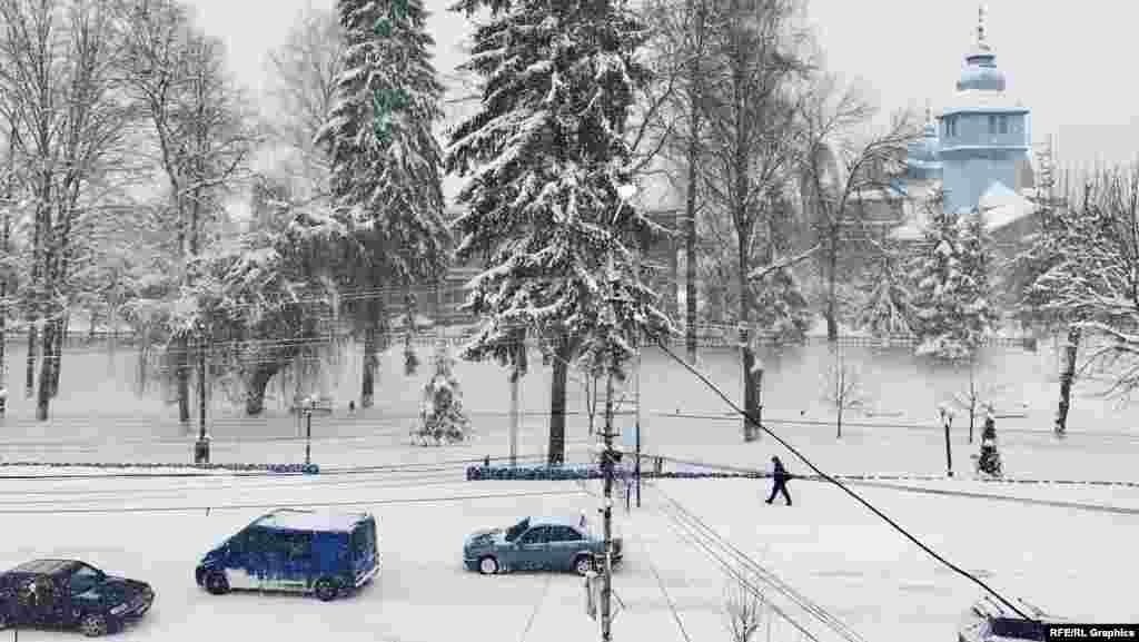 Центр поселка Дубовое на Закарпатье. Фото Траяна Мустяце