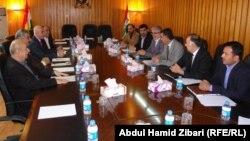 ممثلو أحزاب كردية في اجتماع سابق