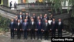 Лидеры Грузии и других государств на торжественной церемонии в столице Грузии Тбилиси. 26 мая 2018 года.