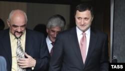 Igor Smirnov (stânga) şi Vlad Filat