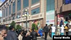 Жители Душанбе.