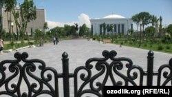 A view of Amir Temur square, Tashkent