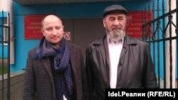 Виталий Буркин и его подзащитный Сагит Исмагилов в суде