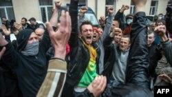Одессадаги россияпараст фаоллар намойишидан лавҳа, 2014 йилнинг 4 майи.