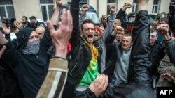 Мітинг проросійських активістів під управлінням міліції в Одесі