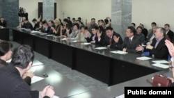 The semi-official pan-Bashkir Congress (Kurultai)