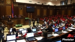 Armenia - The National Assembly debates controversial amendments to the Electoral Code, Yerevan, 10Nov2015.