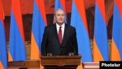 Armenia - Armen Sarkissian is sworn in as new president of Armenia in Yerevan, 9 April 2018.