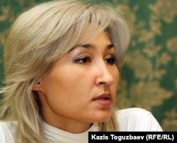 Асем Кульмаганбетова, жена заключенного Махмуда Уалиева. Алматы, 7 ноября 2011 года.