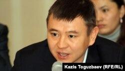 Мұхтар Тайжан - оппозициялық саясаткер. 9 қаңтар 2012 жыл.
