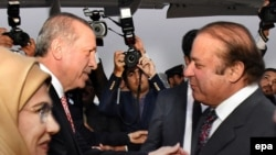 اردوغان: موږ هڅه کوو چې د افغانستان او پاکستان اړیکې وده وکړي.