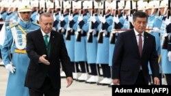 Cооронбай Жээнбеков жана Режеп Тайып Эрдоган Анкарада. 9-апрель, 2018-жыл.