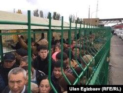 Казахстанско-кыргызская граница. 16 октября 2017 года.