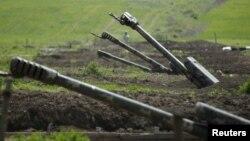 Бои из-за Нагорного Карабаха начались 27 сентября и длятся до сих пор. Баку и Ереван обвинили друг друга в эскалации