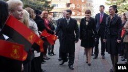 Премиерот Никола Груевски пристигнува на 14-тата годишна конференција на Унијата на жени на ВМРО-ДПМНЕ.