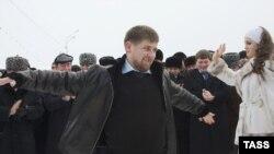 Президент России доверил 30-летнему Рамзану Кадырову всю полноту власти в Чечне