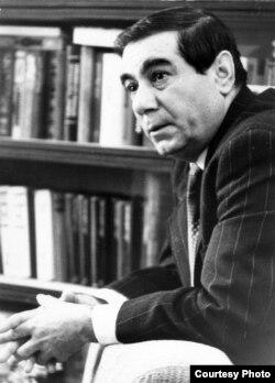 Əkrəm Əylisli, 1975