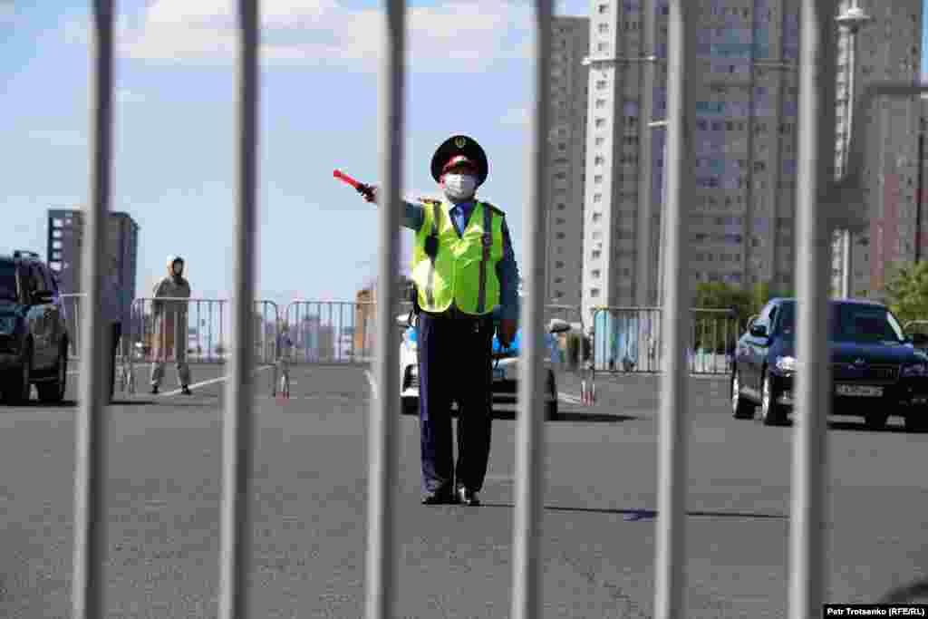 Police at the site of a planned protest near Independence Square in Nur-Sultan.