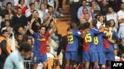 شادی بازیکنان بارسلون پس از پیروزی.
